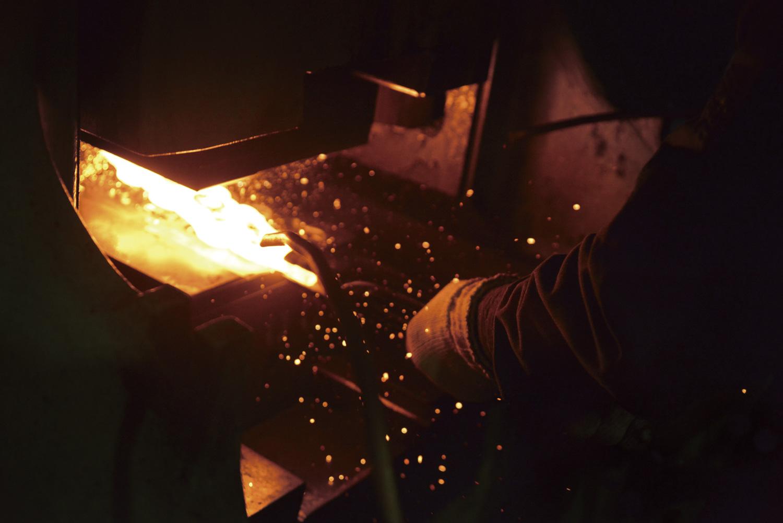 熱した鉄に宿る職人の魂。